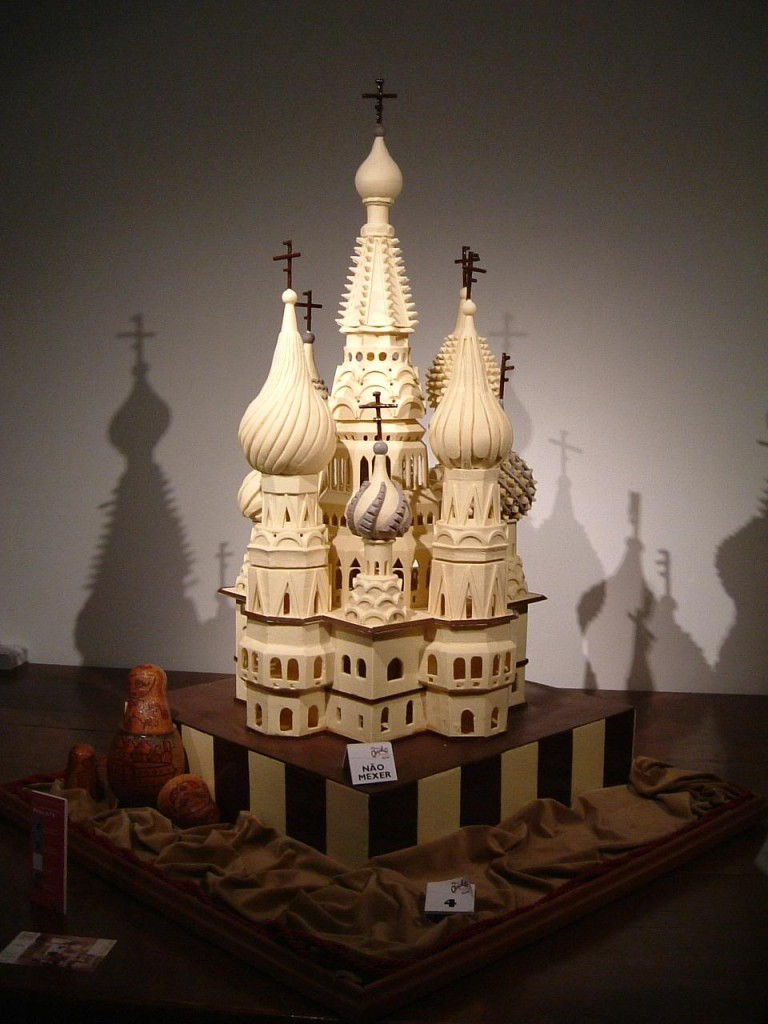 kremlin chocolate sculpture obidos festival
