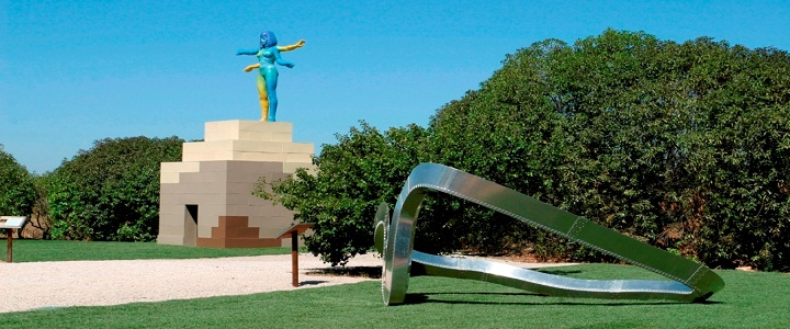 allen jones, richard deacon, british sculptures, vilamoura