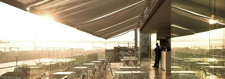 Le Chat, Lisbon cocktail bar, lisboa cafe
