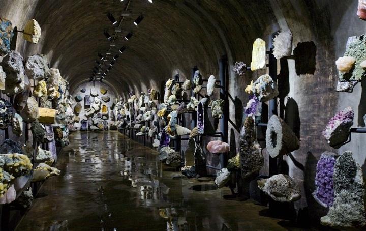quartz crystal geods alianca museum berrardo portugal