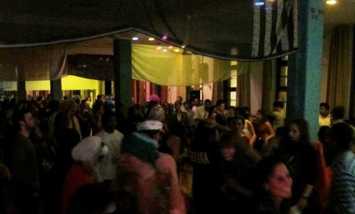 dancing, clube ferroviario lisboa, railway club lisbon, trendy bar Lisbon