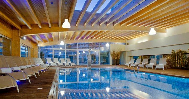 malo spa, indoor pool, hotel corinthia lisbon lisboa
