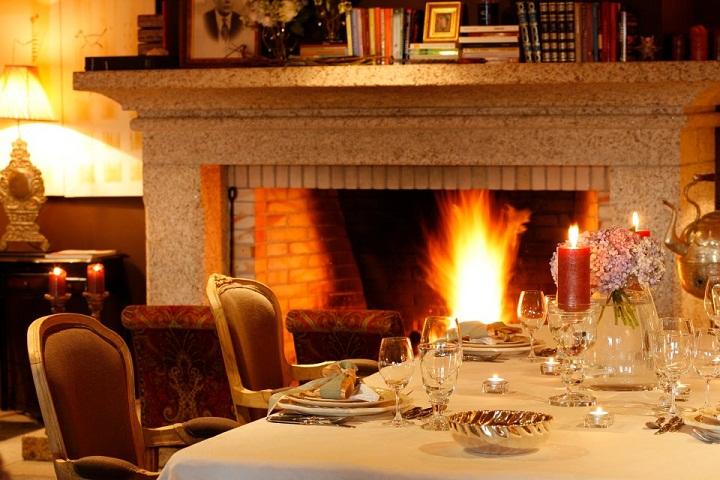 Casas do Côro Dining Room