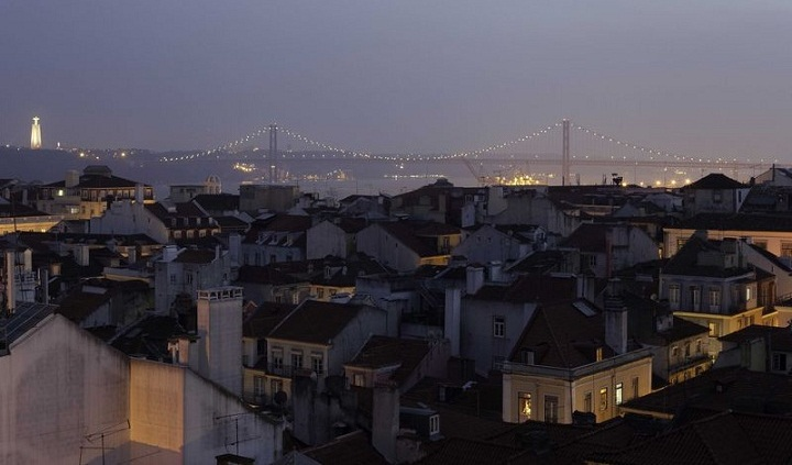 belvedere terrace, mercy hotel, views of lisbon,