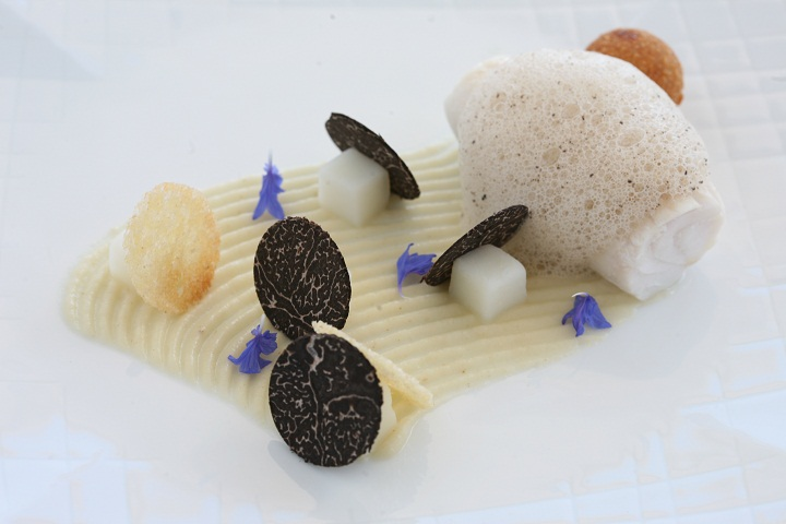 Haute Cuisine of Hans Neuner of Ocean Restaurant at Vila Vita Parc