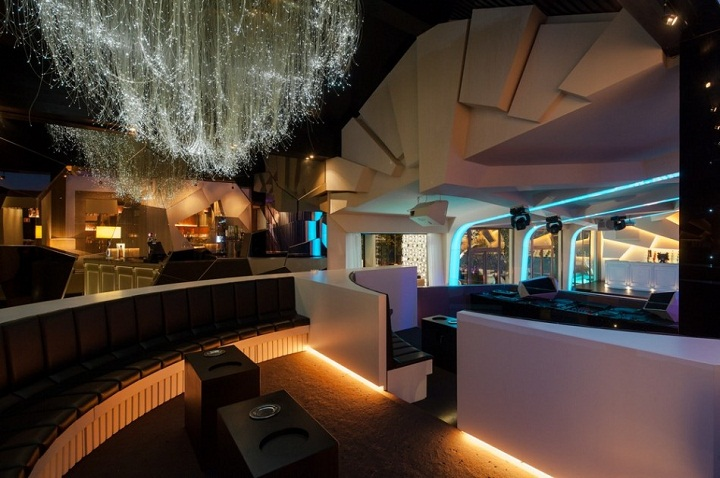 eskada porto, trendy nightclub disco lounge bar oporto,