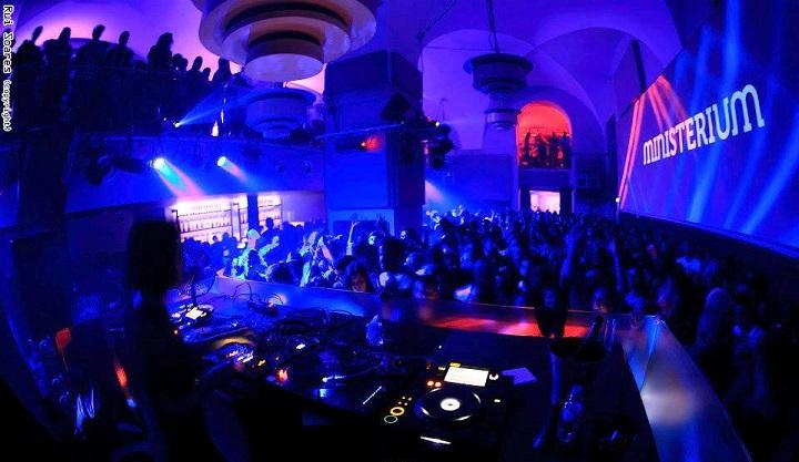 Ministerium nightclub lisbon lisboa