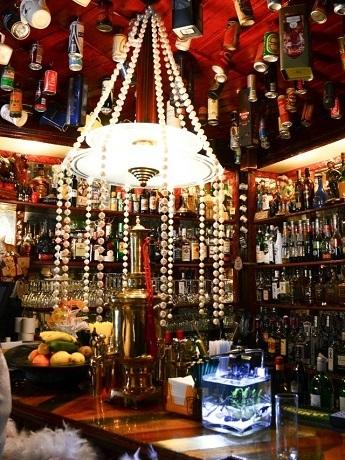 bar foxtrot drinks art deco jazz in lisbon portugal confidential. Black Bedroom Furniture Sets. Home Design Ideas