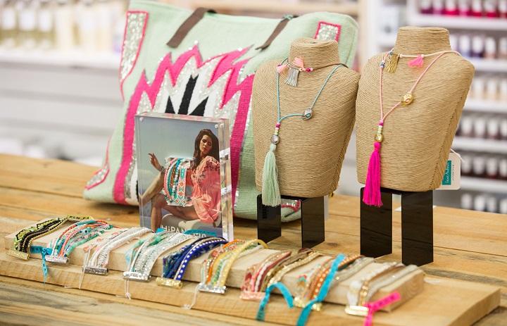 Lewis Andrews Lifestyle gifts fashion grills Almancil Algarve,