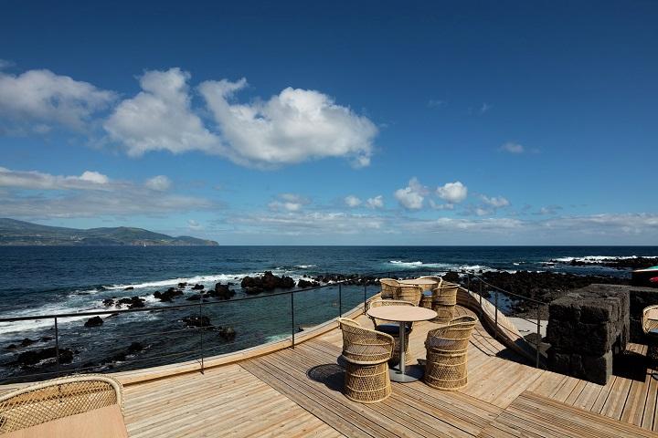 Cella Bar Azores - Photo by Fernando Guerra
