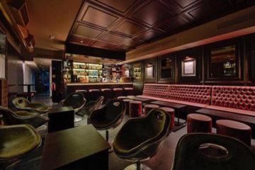 Duck & Tales Aveiro bar lounge,